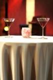 Tarde romántica en restaurante Foto de archivo libre de regalías