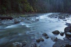 Tardes de la cascada Fotos de archivo libres de regalías
