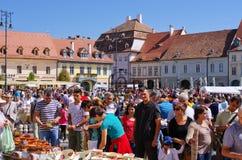 Targ Ceramica i Sibiu, Rumänien Arkivbilder