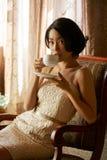target1495_0_ ładna herbaciana kobieta obraz stock