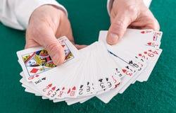 target3733_1_ bawić się kart ręki Fotografia Stock