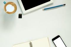 target1166_0_ biznesmena biurka biurowy sieci biel Fotografia Stock