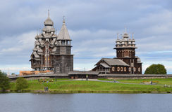 1928 target1562_1_ kizhi północnych Russia rosyjskich tradycyjnych wioski wiatraczków Zdjęcia Royalty Free
