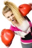 target1134_0_ kobiety gniewne bokserskie rękawiczki Obrazy Royalty Free
