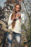 TARGET584_1_ muzyka młoda piękna dziewczyna Fotografia Stock