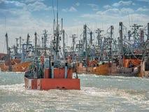 target1724_1_ połowu łódkowaty port obrazy royalty free