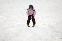 target1024_1_ małego narciarstwo wysokogórska dziewczyna Zdjęcie Stock