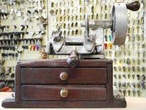 target1215_0_ stary klucza maszynowy ręczny Obrazy Stock