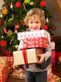 target1226_1_ potomstwa dziecko prezenty Obraz Royalty Free