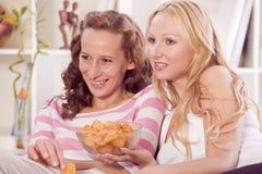 target1356_1_ telewizj kobiety dwa Zdjęcia Stock