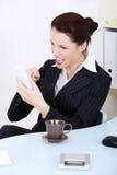 target1463_0_ bizneswomanu gniewny telefon Fotografia Royalty Free