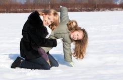 target1542_0_ macierzystą zima córka piękny dzień Fotografia Stock