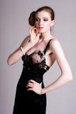 target2170_0_ kobiet potomstwa atrakcyjna czarny toga Fotografia Royalty Free