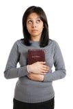 target2271_0_ potomstwo Biblii mienie podczas gdy kobiet potomstwa Obrazy Stock
