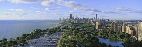 TARGET364_0_ od Północy chicagowska linia horyzontu Fotografia Stock