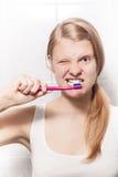 TARGET416_1_ dla zębów czyścić Obrazy Stock
