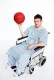 TARGET500_1_ koszykową piłkę pacjent w wózek inwalidzki fotografia stock
