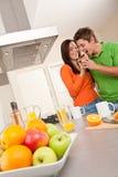 target509_0_ szczęśliwą kuchnię kawowa para Obrazy Stock