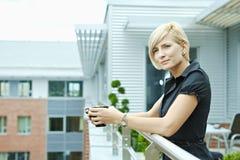 TARGET576_0_ bizneswoman kawa Zdjęcie Stock