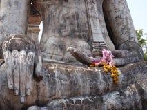 TARGET657_1_ Buddha ręki szczegół Zdjęcia Stock