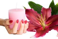 TARGET659_1_ świeczkę robiąca manikiur ręka Zdjęcia Royalty Free