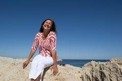 target676_1_ kobiety szczęśliwe dojrzałe skały Obrazy Stock