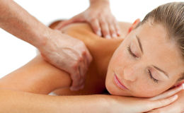 TARGET770_0_ tylnego masaż piękna kobieta Fotografia Stock
