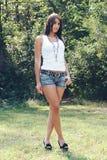 TARGET928_0_ w naturze piękna dziewczyna Obraz Royalty Free