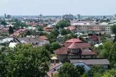 Targoviste市鸟瞰图在Dambovita 它是在第15的罗马尼亚` s资本和16世纪 免版税库存照片