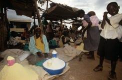 Targowa scena w wiosce, Uganda Zdjęcie Royalty Free