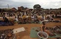 Targowa scena w wiosce, Uganda Fotografia Stock