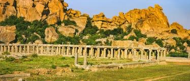 Targowy kompleks Vitthala świątynia w Hampi, India zdjęcia royalty free