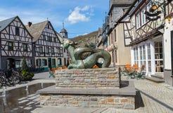 Targowy kwadrat w Kobern-Gondorf na Moselle zdjęcie stock