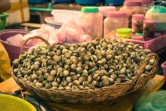 Targowy produkt spożywczy Cambodia miejscowego rynku siem przeprowadza żniwa zdjęcie royalty free