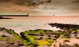 Tarifa-Küste, atlantisches Meer stockbild