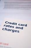 Tarifas de la tarjeta de crédito y prospecto de las cargas Fotografía de archivo libre de regalías