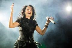 Tarja auf Konzert Stockfoto