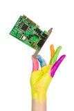 Tarjeta coloreada del ordenador de la explotación agrícola de la mano imágenes de archivo libres de regalías