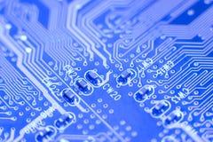Tarjeta de circuitos azul Fotos de archivo libres de regalías