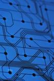 Tarjeta de circuitos electrónicos azul Foto de archivo libre de regalías