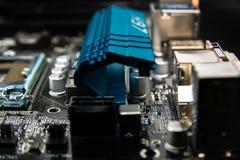 Tarjeta de circuitos Tecnología electrónica del hardware Microprocesador digital de la placa madre Fondo moderno de la tecnología imagen de archivo