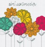 Tarjeta de cumpleaños con las flores. Fotografía de archivo