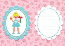 Tarjeta de cumpleaños rosada con la muchacha rubia linda Imágenes de archivo libres de regalías