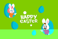 Tarjeta de felicitación colorida de la bandera del día de fiesta de Bunny Painted Eggs Happy Easter del conejo Imagen de archivo