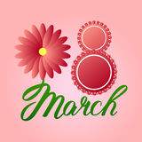 Tarjeta de felicitación con el 8 de marzo flores rojas alrededor de ocho libre illustration