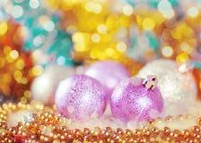 Tarjeta de felicitación con las bolas de la Navidad Fotografía de archivo