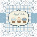 tarjeta de felicitación con las magdalenas del cumpleaños Imagen de archivo libre de regalías