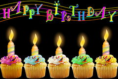 Tarjeta de felicitación del cumpleaños con la magdalena y la vela Imagenes de archivo