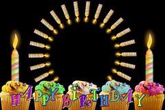 Tarjeta de felicitación del cumpleaños con la magdalena y las velas Foto de archivo
