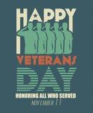 Tarjeta de felicitación del día de veteranos Soldado de las fuerzas armadas de arma de los militares de los E.E.U.U. en saludar d Foto de archivo